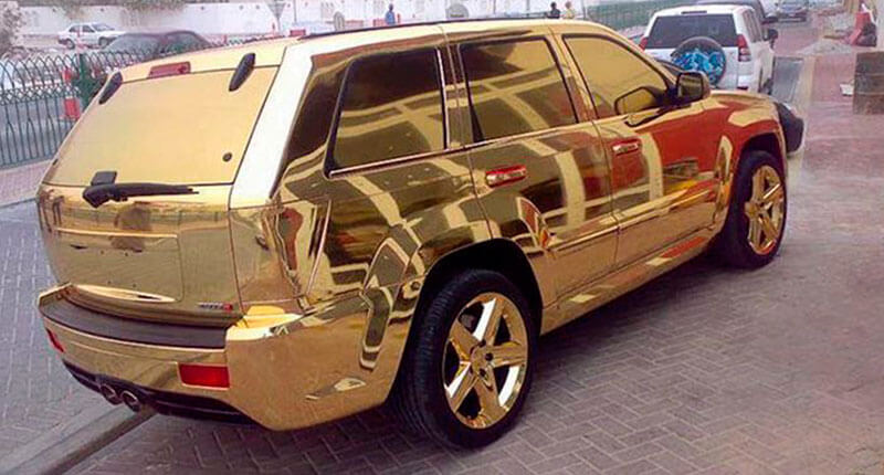 gold-wrap-car