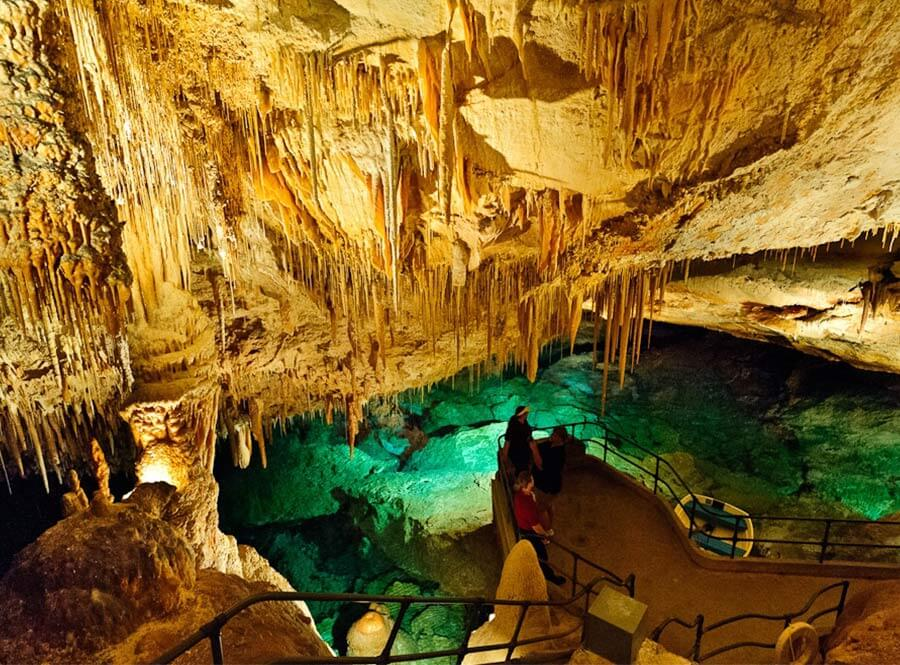 Fantasy-Caves